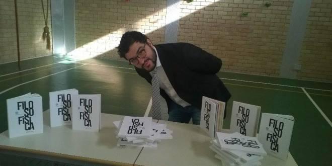 """NASCE DALLA PENNA SANTERMANA DI  ALESSIO PERNIOLA IL LIBRO """"FILOSOFISICA"""""""