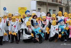 CONTINUA LA GRANDE FESTA DEL CARNEVALE, OGGI LA SECONDA SFILATA