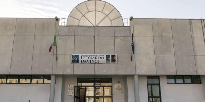 """AL """"LEONARDO DA VINCI"""" DI CASSANO DELLE MURGE ARRIVA L'INDIRIZZO  BIOMEDICO"""