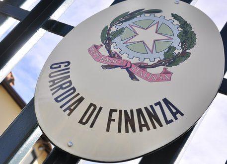 SEQUESTRATI BENI IMMOBILI E DISPONIBILITA' FINANZIARIE, DEL VALORE DI CIRCA 3 MILIONI DI EURO, NEI CONFRONTI DI UN NOTO ONCOLOGO BARESE